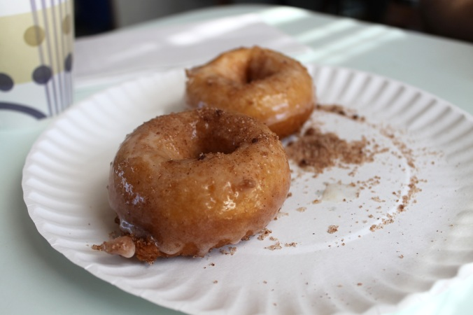Brown's Donuts