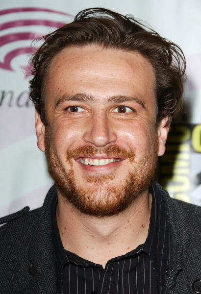 Hot or Not? - Page 4 Jason-segel-pictures-2